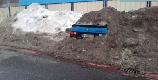 I pomyśleć, że niektórzy z utęsknieniem wyczekują śniegu