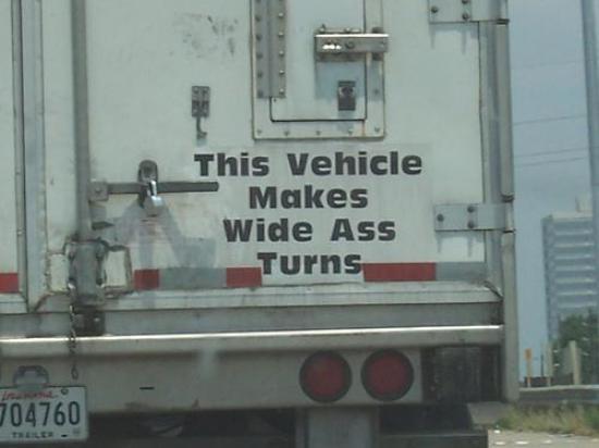 Uwaga ten pojazd zarzuca d..ą